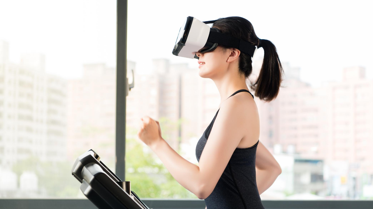 HOLOFIT offers full-body VR Fitness workouts
