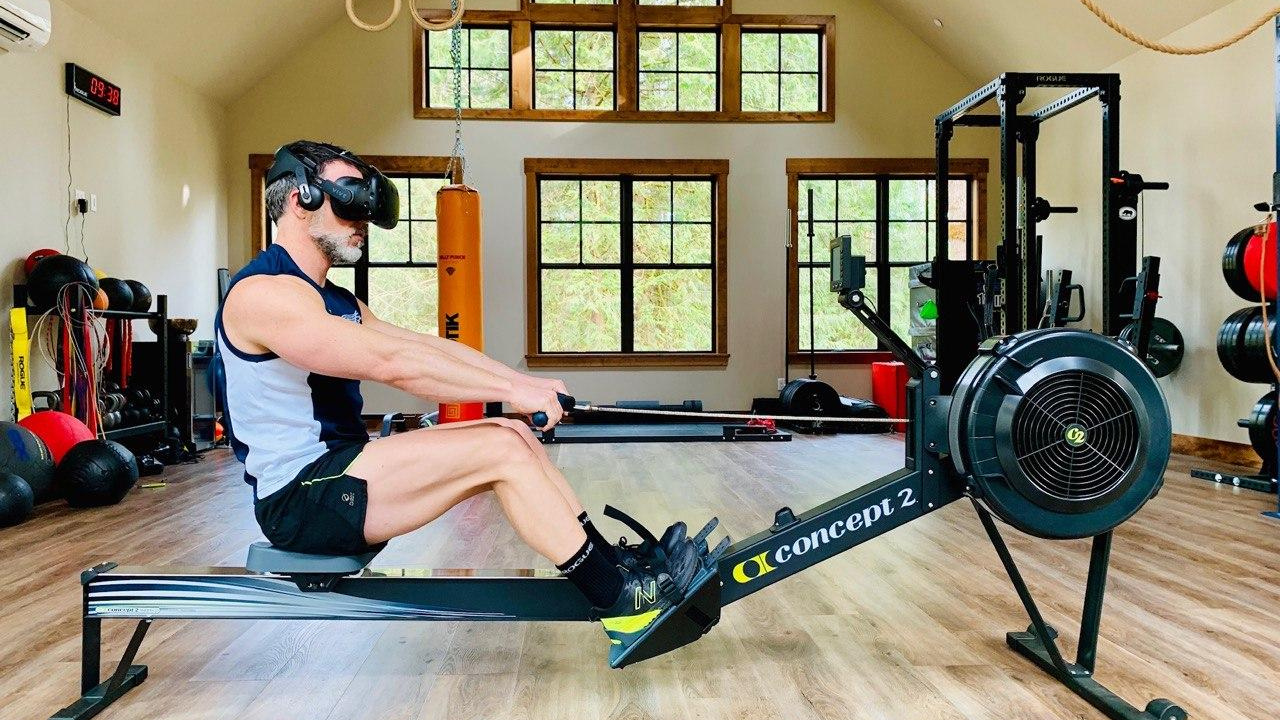 fun-vr-rowing-workout-plans-on-holofit